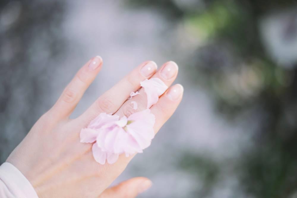 péče o okousané nehty